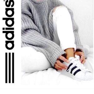 NWT Adidas grand court shoes white